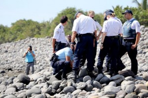Teams have been combing the beaches of Reunion since last week's flaperon find in hopes of finding more clues about the missing jet.