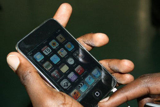 cell-phone-in-use-Africa