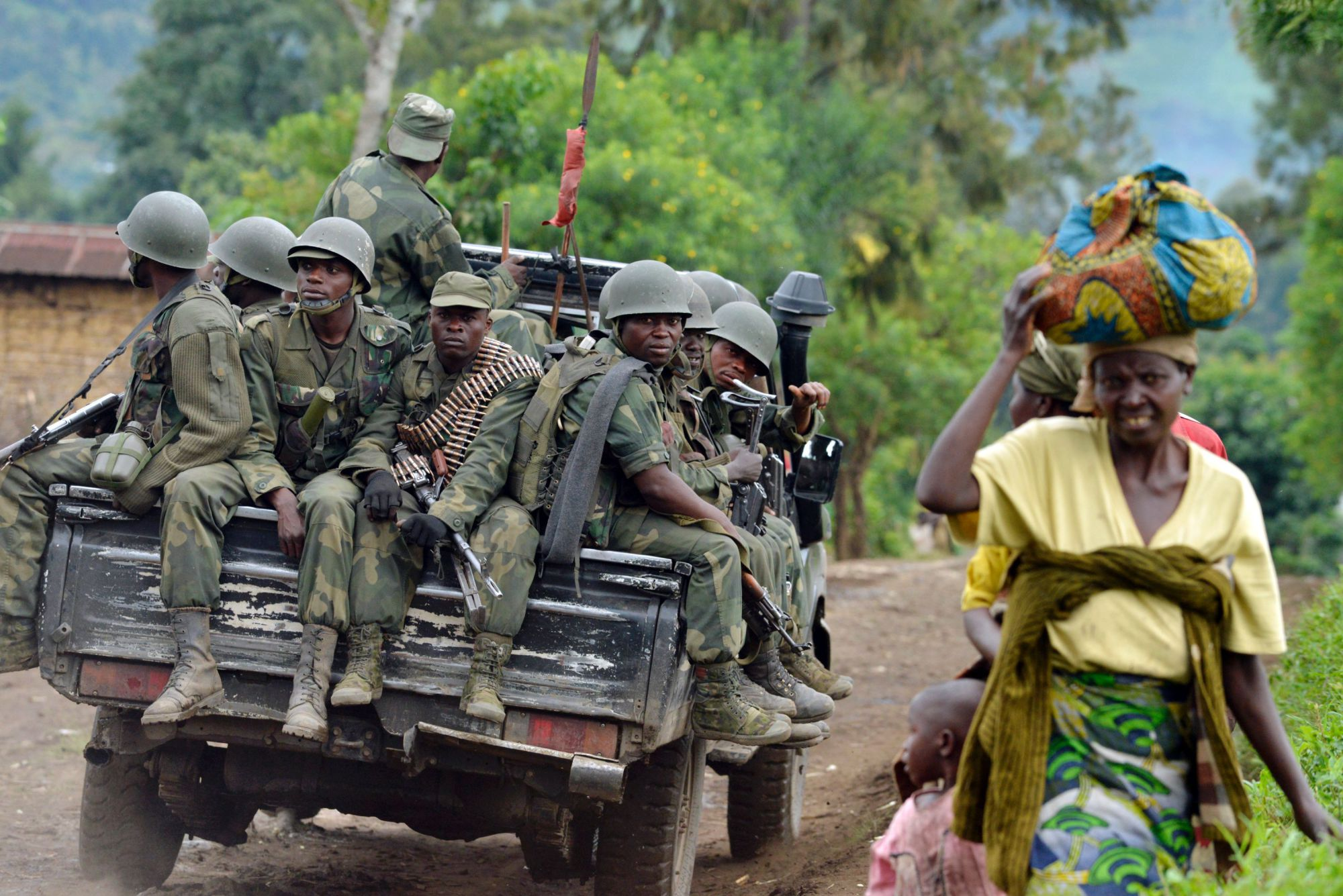 Exchanges of heavy weapons fire erupted in northeastern Democratic Republic of Congo on Thursday between the army and militia fighters, and several students sitting exams were wounded in an explosion at a school, residents said. Image courtesy: AP