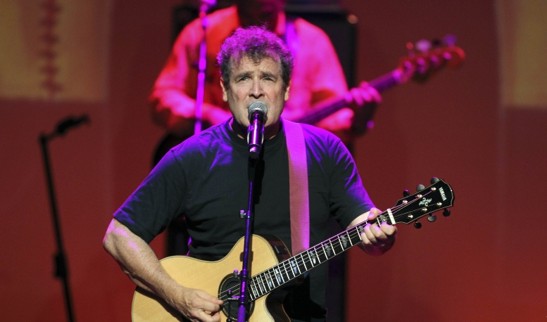 South African Musician Johnny Clegg Dies at 66 | CGTN Africa
